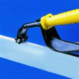 DB2000GT. Инструмент для снятия заусенцев с кромок листа шириной до 11 мм.
